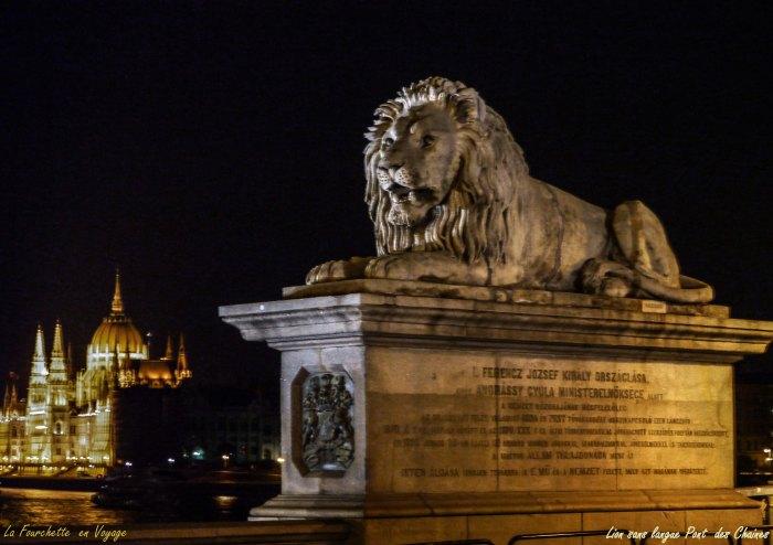 Lion sans langue  du  Pont  des Chaines