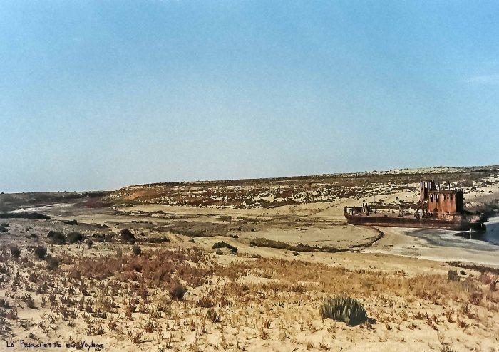 Carcasse de Bateau Mer d'Aral 4