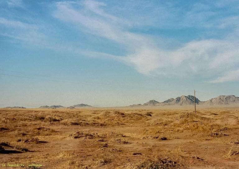 par de là  les montagnes la Mer d'Aral